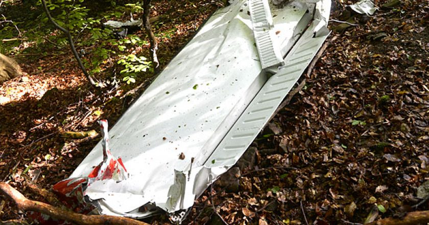 Two Slovakian airshow planes collide mid-air, 7 killed