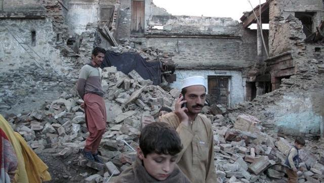 residents-earthquake-mingora-damaged-rubble-after-house