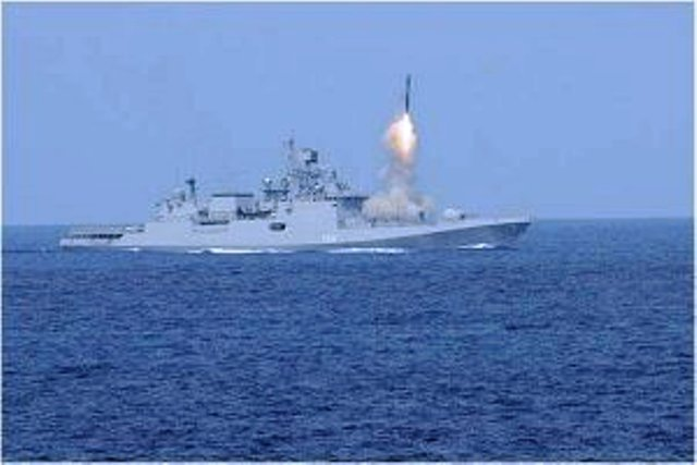 BrahMos hits target in maiden test firing from destroyer INS Kochi