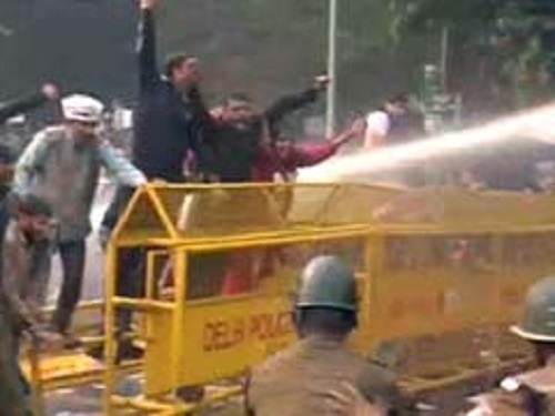 aap-protest_