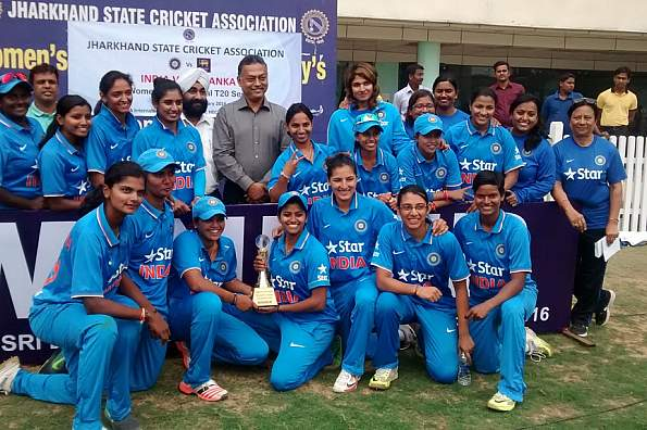 indian-women-team won