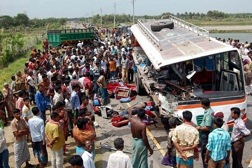 12 killed in road accident in Bangladesh