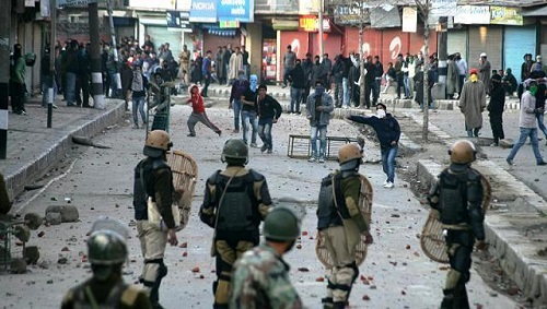 riots-are-common-kashmir-file-photo