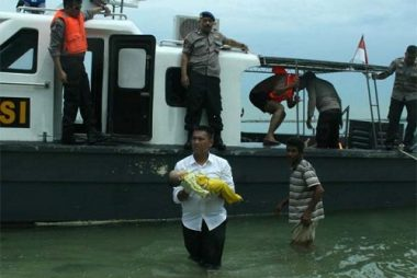indonesia-boat-afp (1)