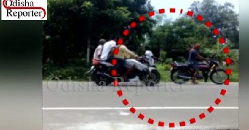 Youth-chained-to-bike-dragged-to-police-station