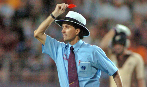 Cricket-red-card-by-Umpire