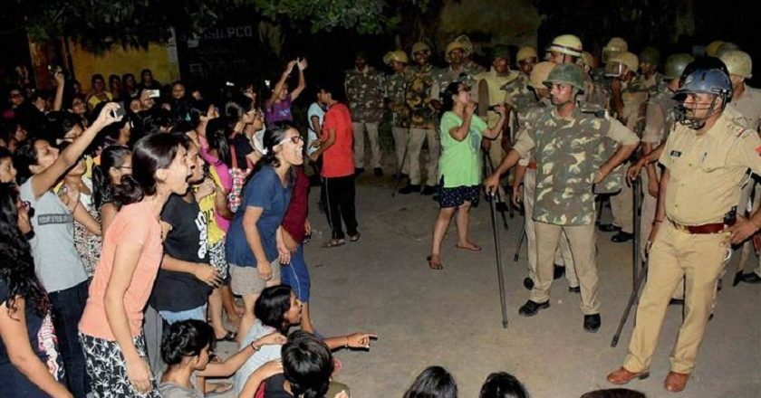Students-protest-at-BHU