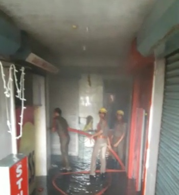fire-accident-in-market-complex