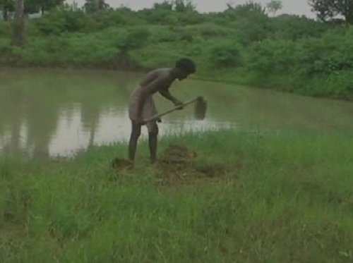Man-digs-pond-in-27-years