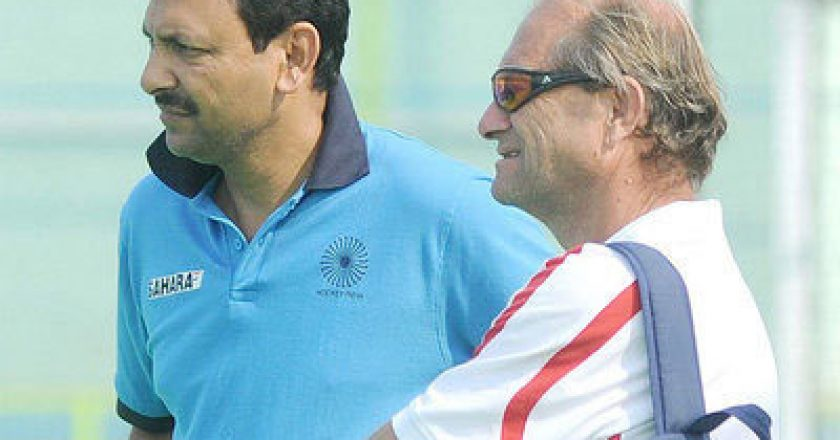 Indian-Hockey-Coach