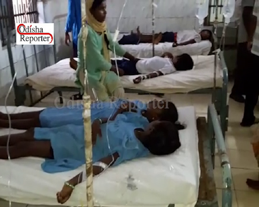 Students-admitted-in-hospital