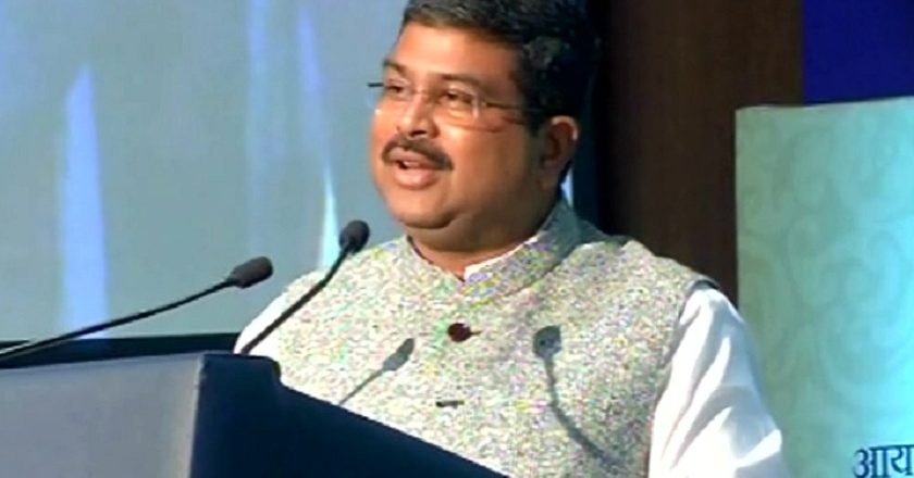 d.pradhan-criticized-cm-today