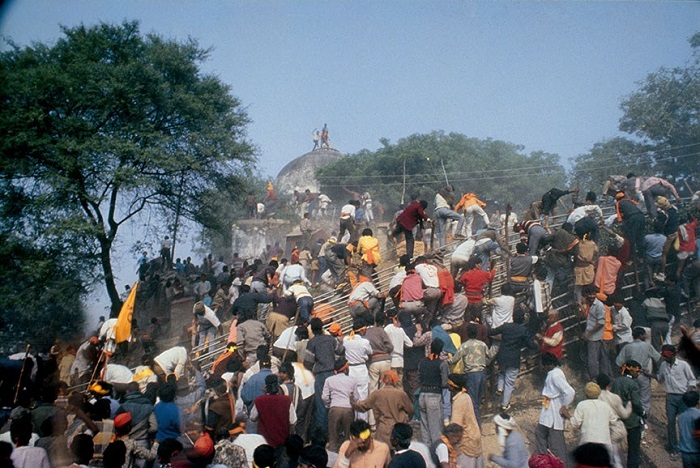 Babri Masjid demolition related images 1992