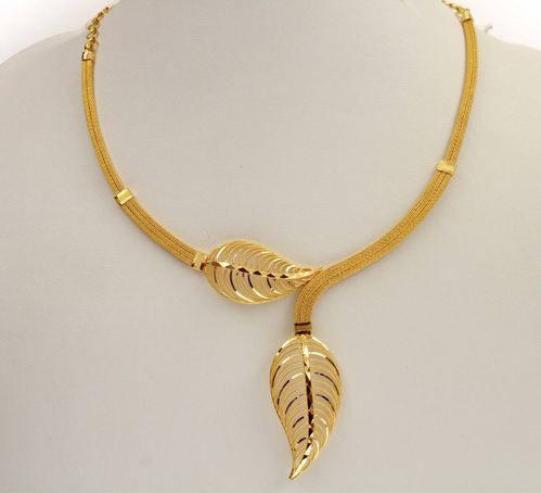 gold-necklace-500x500