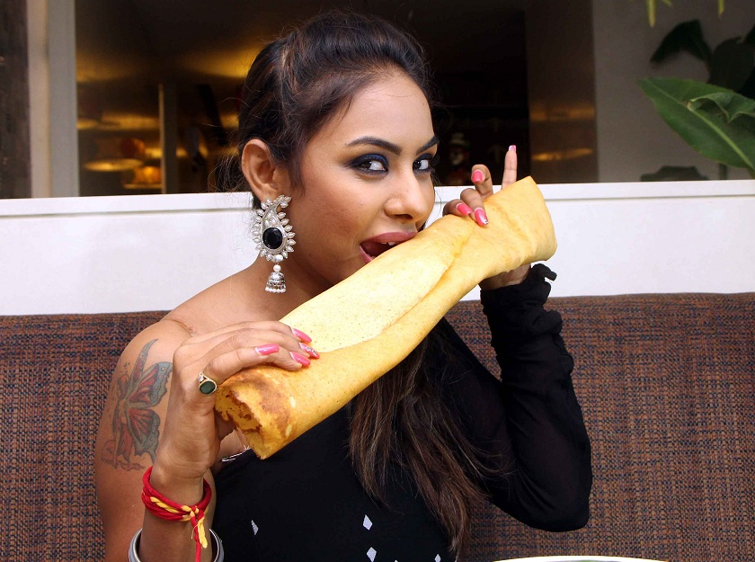 Sri Reddy1