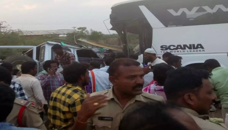 BUS VAN ACCIDENT ANDHRA PRADESH